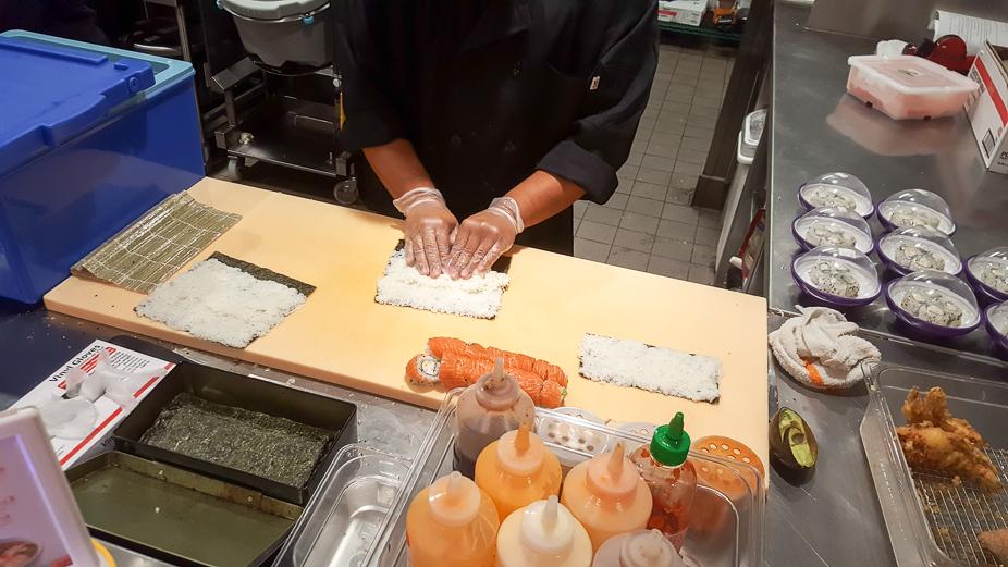 yo-sushi-ramen-mania-184344